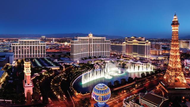 7 Incredible Places to View Vegas