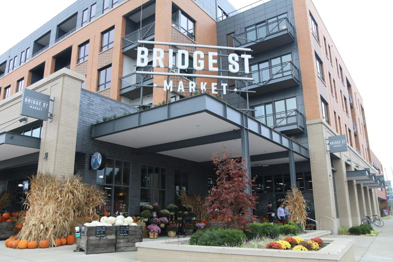 Take the DASH West to Bridge Street Market, where you can sit down for coffee, enjoy a meal, or grab food for later.