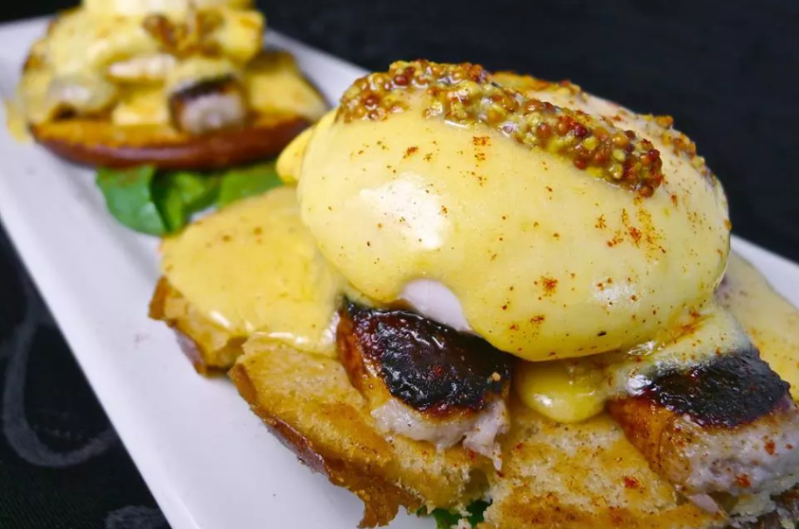 Try SpeakEZ Lounge's unique take on the classic eggs benedict