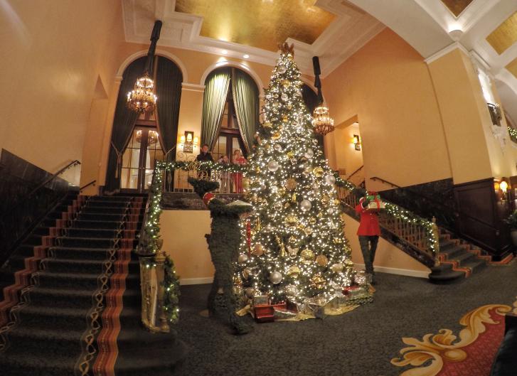 Amway Grand Hotel Holiday Lights