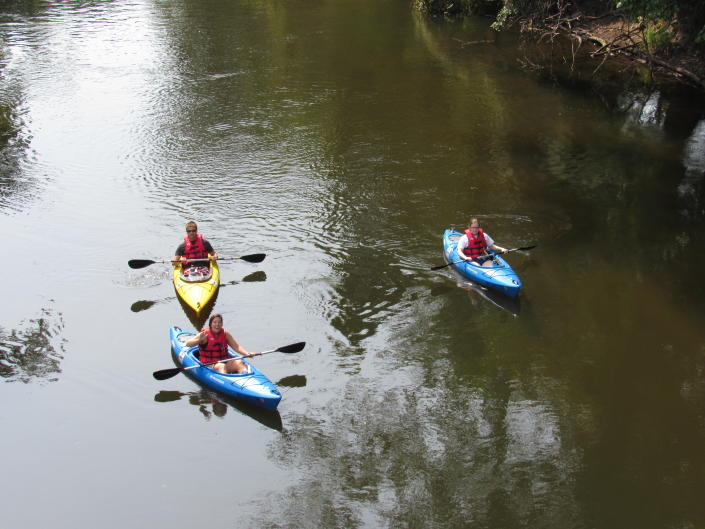 Kayakers enjoying the afternoon on the Grand River.