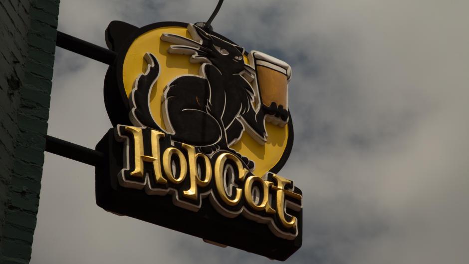 Popular Grand Rapids brewery, HopCat, has a well-curated tap list, house-brewed beers, and an upscale bar food menu.