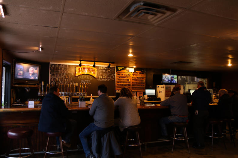 Schmohz's regulars and visitors alike enjoy the casual, friendly atmosphere.
