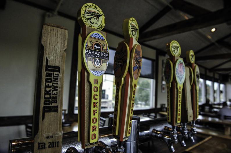Rockford Brewing taps