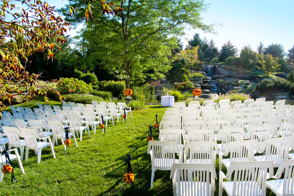 Frederik Meijer Gardens & Sculpture Park offers a variety of venues for weddings of all sizes.