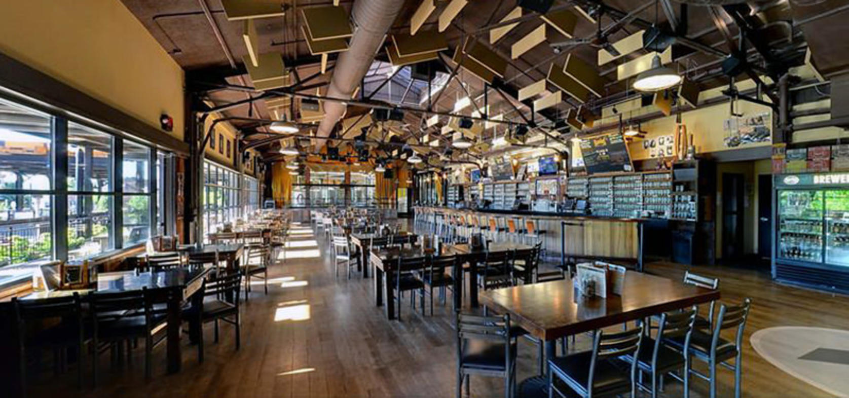 Founders Brewing Co. interior