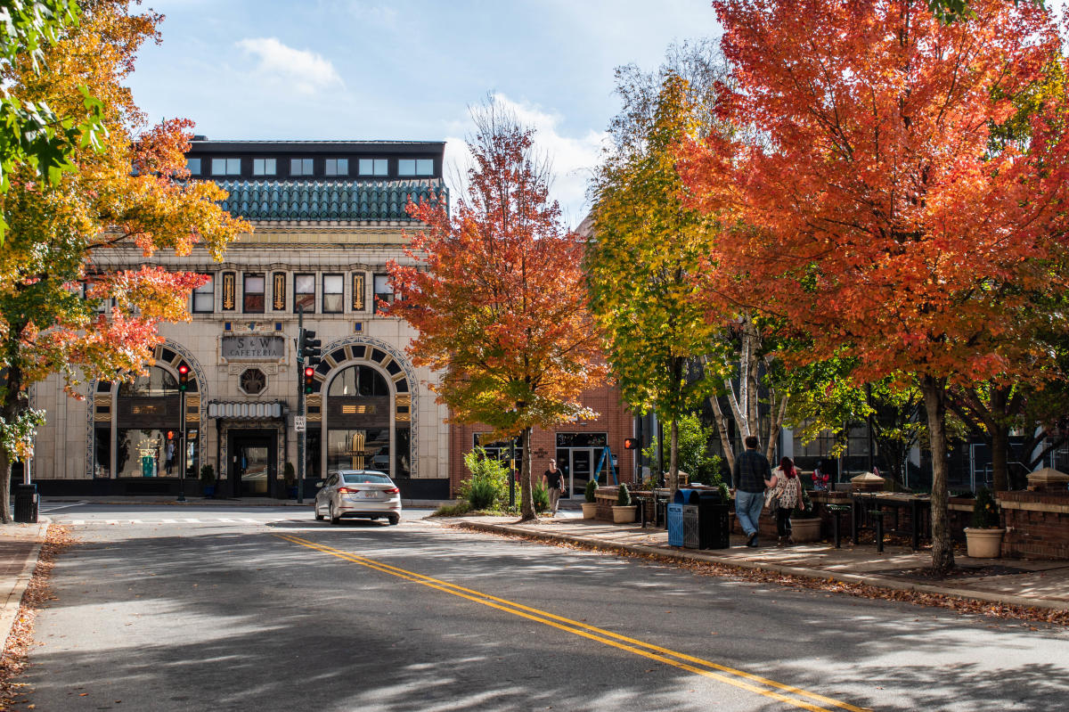 asheville 2018 fall color report forecast scenic views