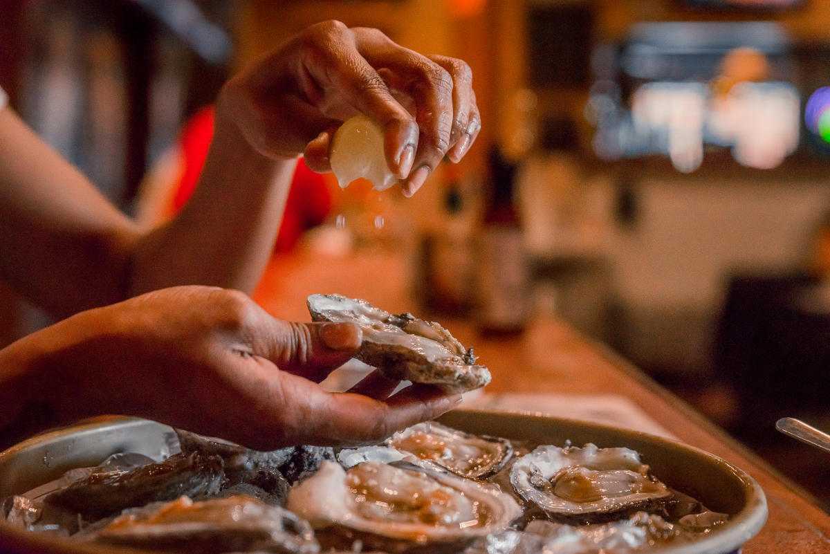 Raw, Steamed or Fried? 10 Restaurants To Enjoy Oysters in Columbia SC