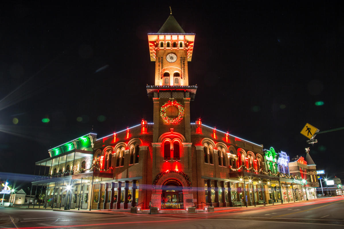 Christmas Capital Of Texas 2018 Holidays In Grapevine Tx