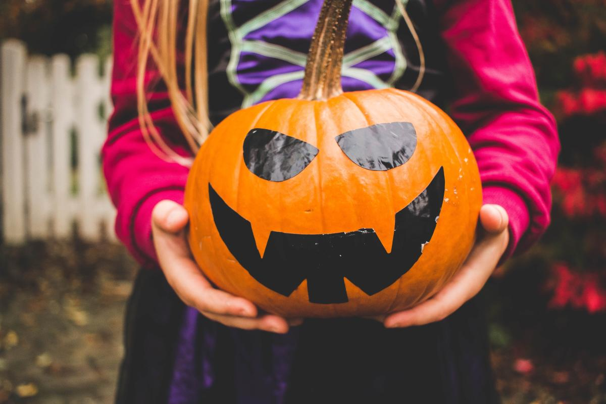 houston halloween events | trick-or-treating & ghost tours