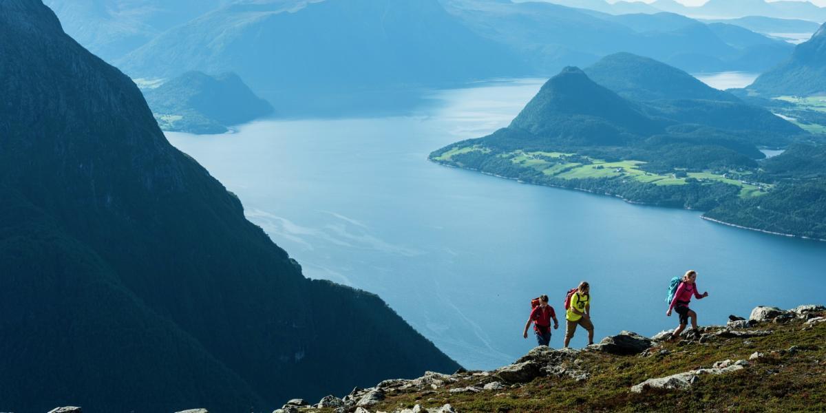 Vandring I Fjord Norge Den Officielle Rejseguide Til Norge