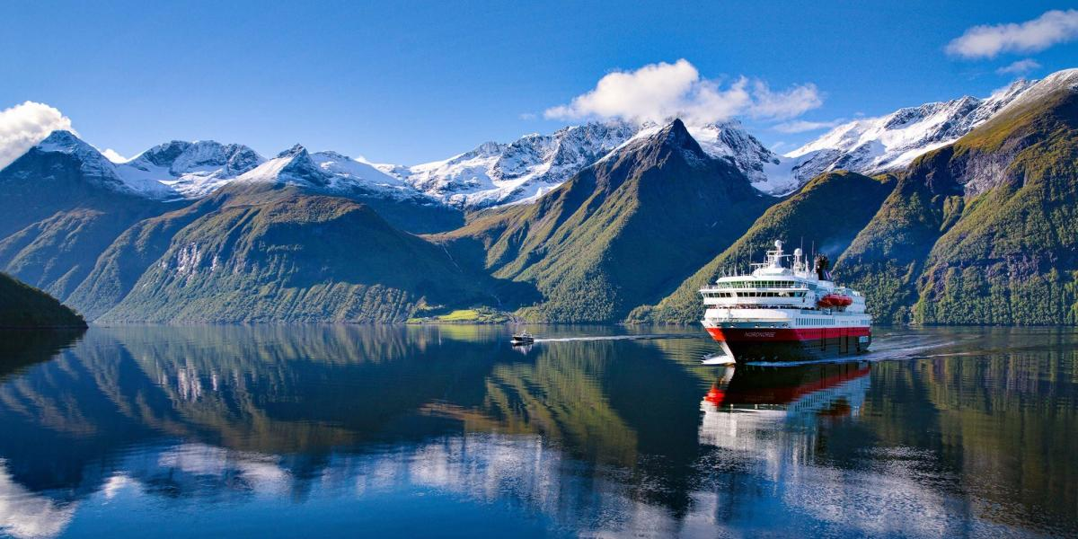Karte Norwegen Hurtigruten.Hurtigruten Das Offizielle Reiseportal Für Norwegen Visitnorway De