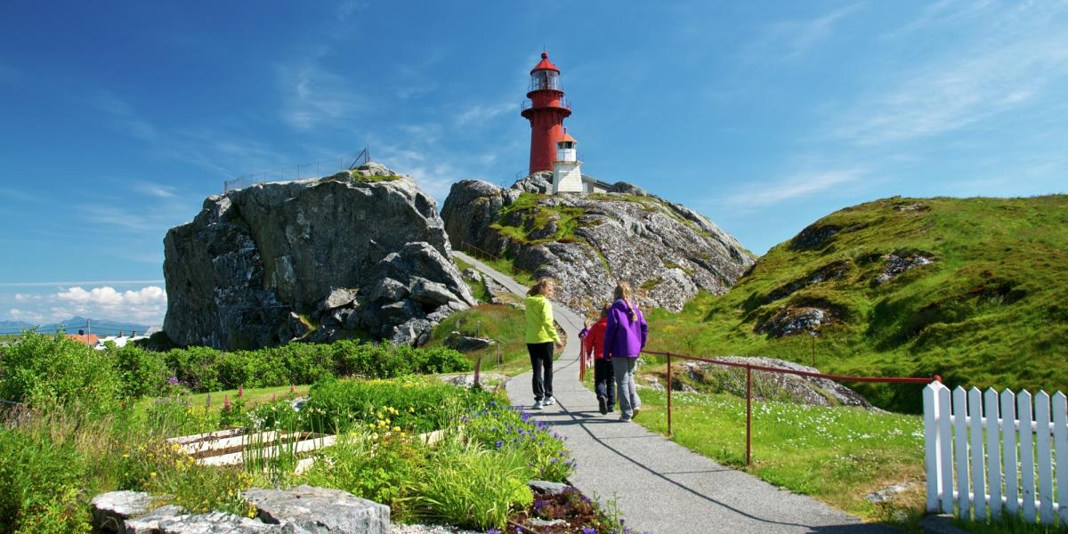 Lighthouses in Norway | Rent a lighthouse, lighthouse holiday
