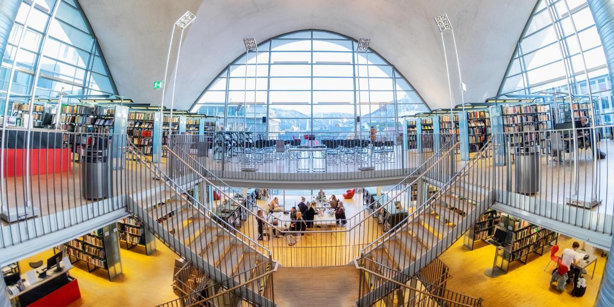 Literature in Norway   Henrik Ibsen, libraries, book towns