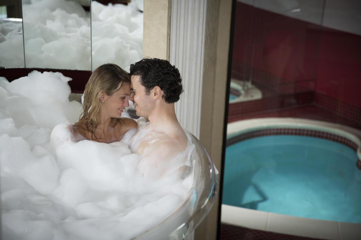 Poconos Adults Only | Romantic Getaways to the Pocono ...