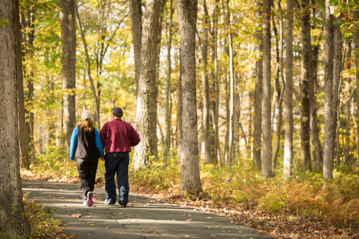 Poconos Romantic Packages Plan Your Couples Getaway Today