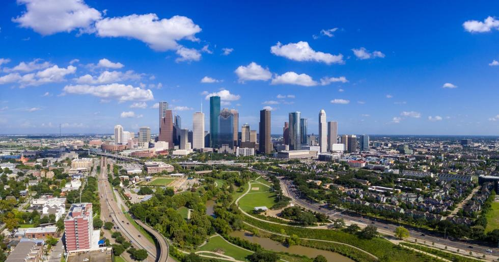 Eleanor Tinsley Park w Houston Skyline lrg