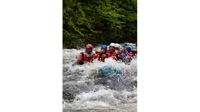 Rafting the Hudson River Gorge w/ Hudson River Rafting Company 143