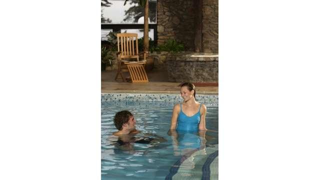 Peek-n-Peak Resort & Spa 355