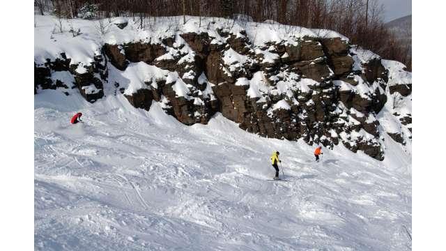 Skiing at Hunter Mountain 850
