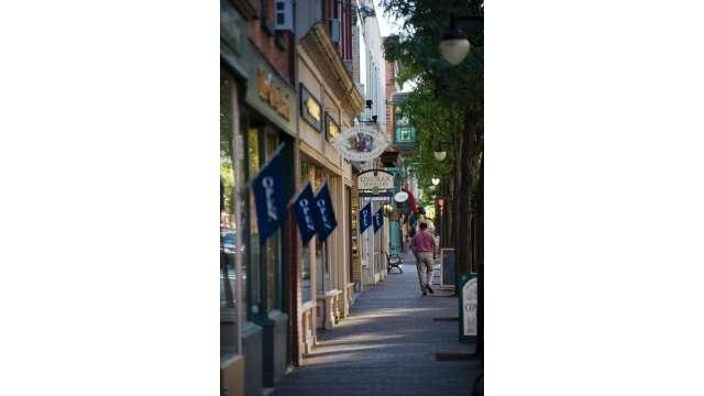 Corning Downtown 979