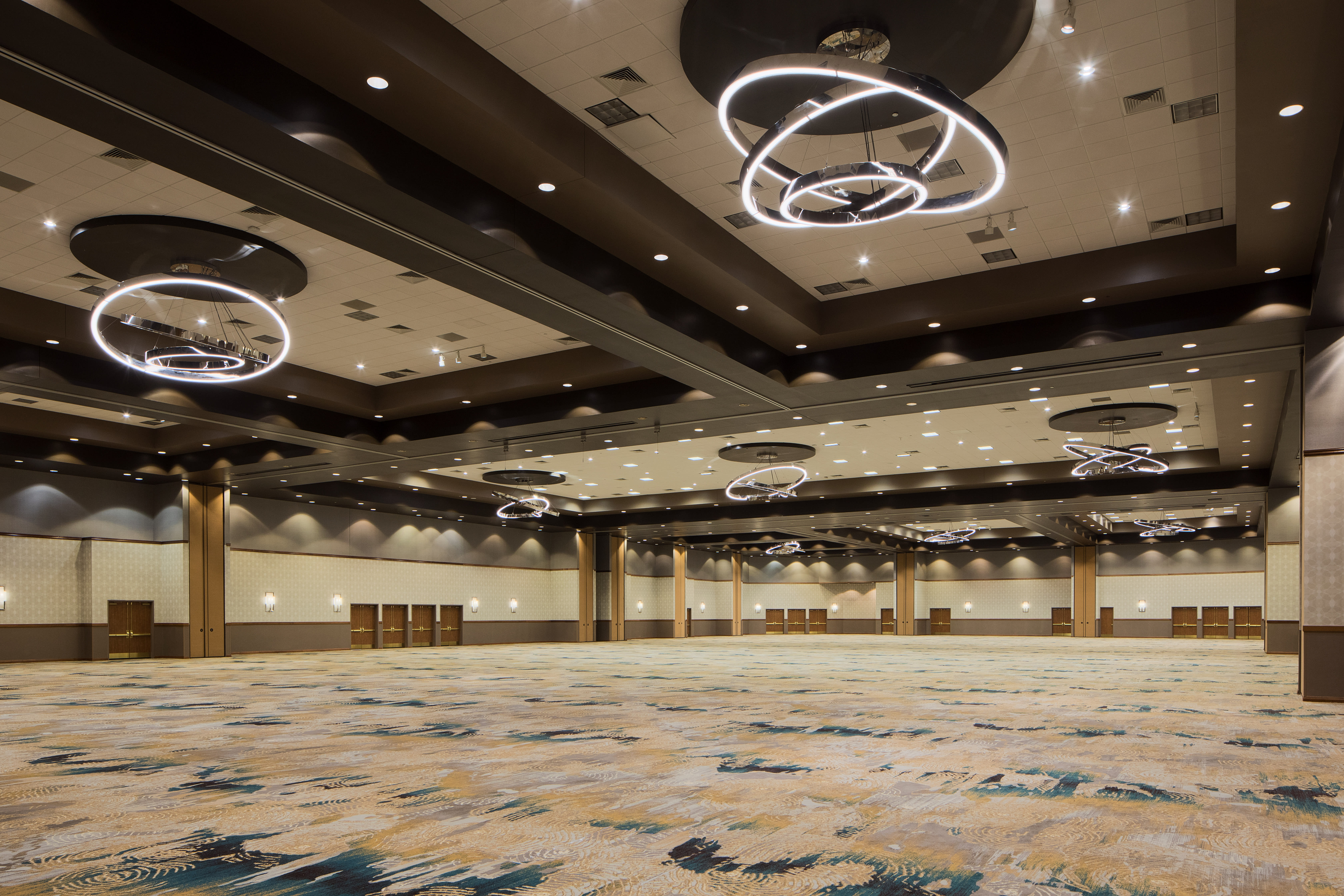Host Your Business Meetings & Business Conventions In Frisco, Texas