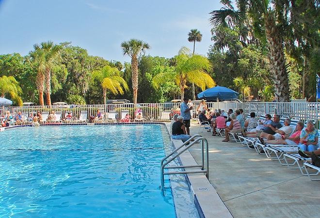 Pool at Bulow RV Park